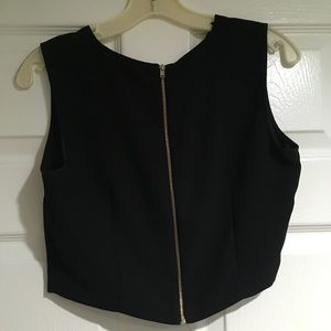 New Zara Black crop top with zipper in the back